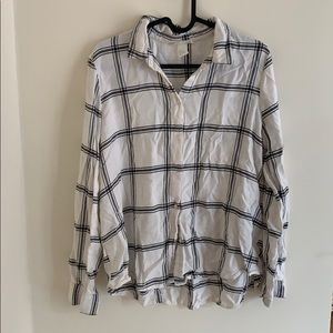 H&M black and white Flannel Top
